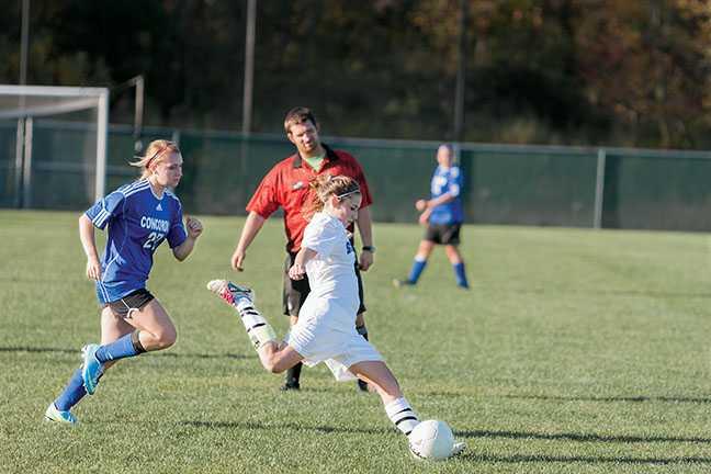 Womens_Soccer01
