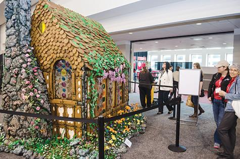 Life-sized gingerbread house that Hansel and Gretel would devour