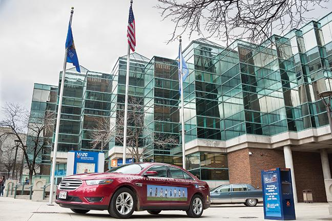 This+2015+Ford+Taurus+alternative+fueled+Green+Vehicle+was+on+display+at+the+downtown+MATC+campus.+The+vehicle+was+brought+in+by+one+of+the+event%E2%80%99s+major+sponsors%2C+the+American+Lung+Association+in+Wisconsin.