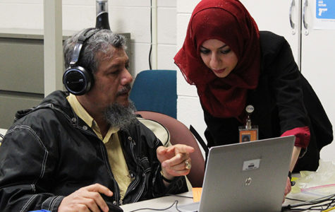 ESL students seek resources to improve skills