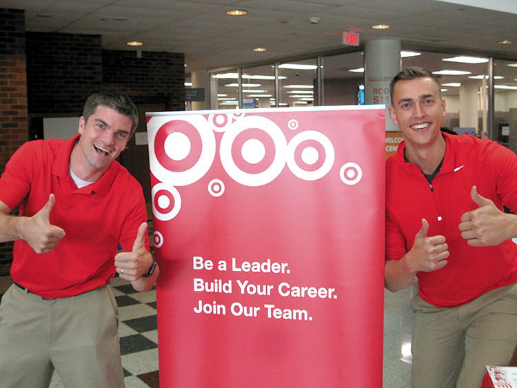 Local+recruiters+give+potential+student+employees+a+thumbs+up.