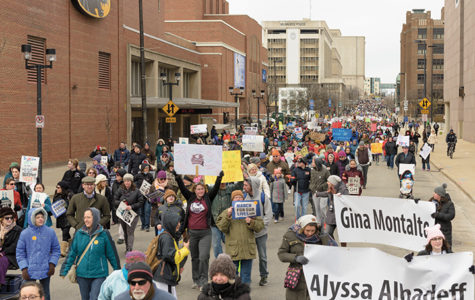 "Milwaukee Community members ""March for Our Lives"""
