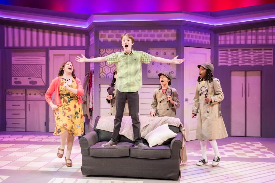 Elyse Edelman, Bryn Dresselhuys, Zephaniah Ponder, Nafia Johnson, and Seth Hoffman (center) in NATE THE GREAT, First Stage, 2018.
