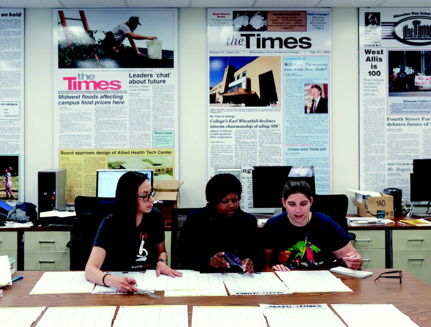 New leaders of the Times working on a manual layout of the next issue in the newsroom. Pictured from left to right: Andrea Clunie, photo editor; Victoria Magee, editor-in-chief; Leah Fischer-Toerpe, opinions editor.